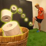 Soccer Trick Shots Toilet Paper Edition | KAMIWAZA[ゲーム実況byTomohiroGames]